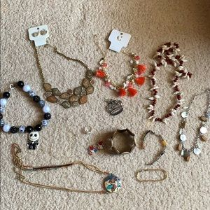 ASSORTED JEWELRY ITMES